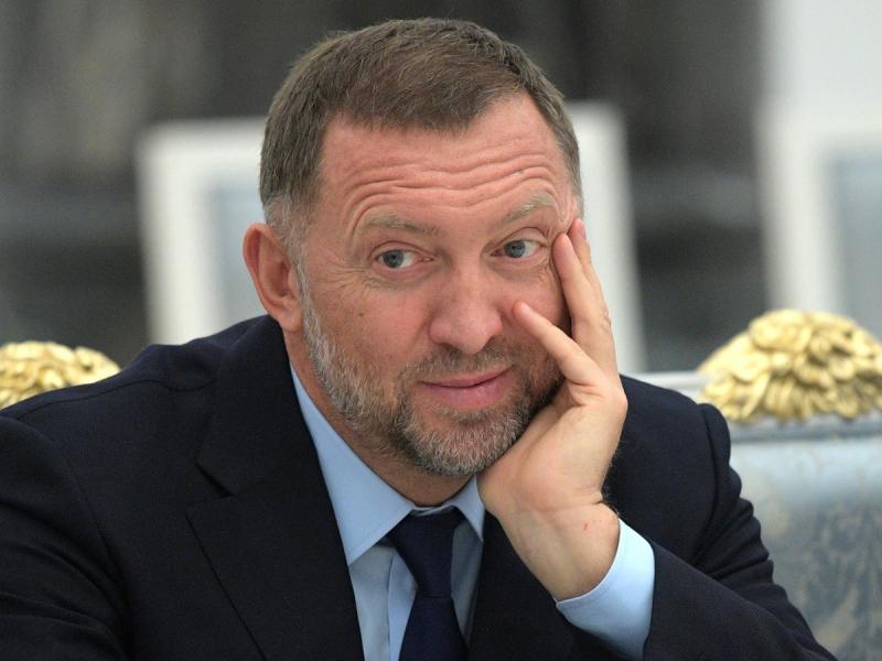 """""""Безумие"""": Дерипаска оценил укрепление рубля Центробанком"""
