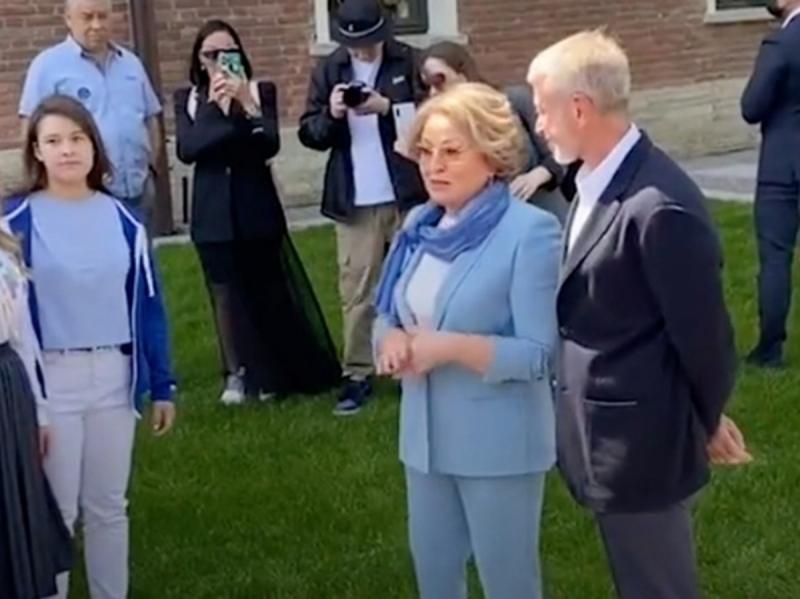 """Матвиенко назвала Романа Абрамовича """"героем нашего времени"""""""